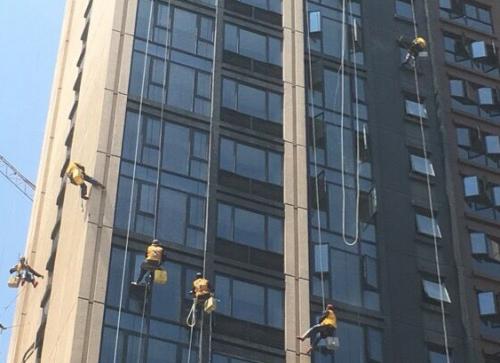 外墙高空清洗服务_惠州保洁